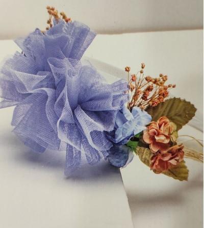 Diadema flores azules y tul...